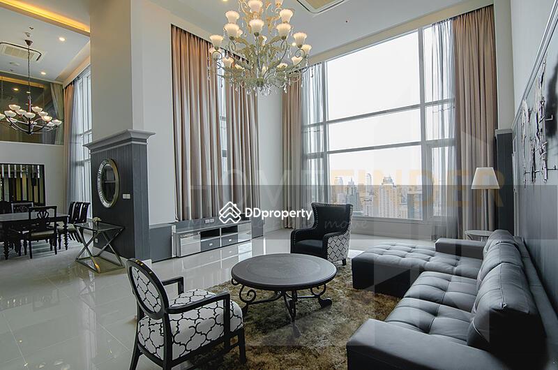 Circle Condominium #86294425
