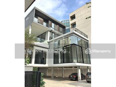 ขาย - 3 bed Luxury modern house sale in Sukhumvit 49 near BTS Thong Lo