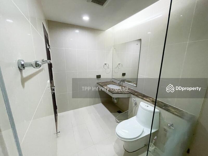 The prime11 Sukhumvit condominium #86352505