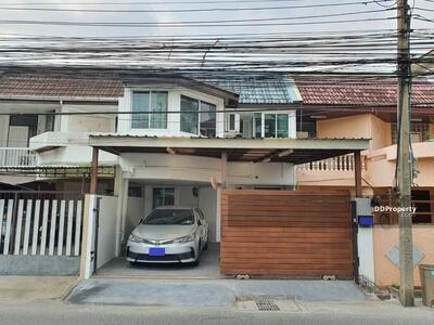 For Sale - Three Bed Townhouse for Sale near Phra Khanong station MSP-32706