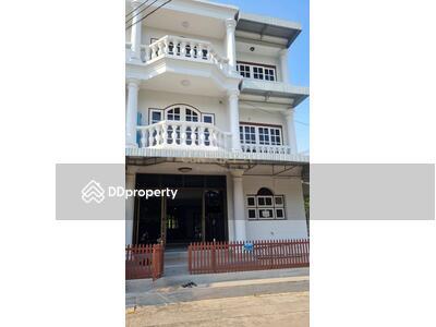 ให้เช่า - ให้เช่า ทาวน์เฮ้าส์ 3 ห้องนอน ย่าน Phra Kanong Nua MSP-32513