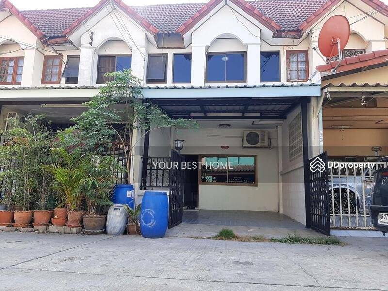 หมู่บ้านกลางซอยวิลเลจ 2 คลองสี่ ใกล้ตลาดสดเอซี  ใกล้บิ๊กซี พระองค์เจ้าสาย  ลำลูกกา #86661017