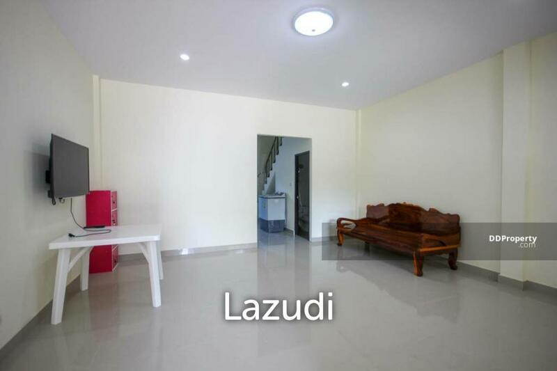 Lazudi Two Bedroom Townhouse For Sale - Hua Hin Soi 88