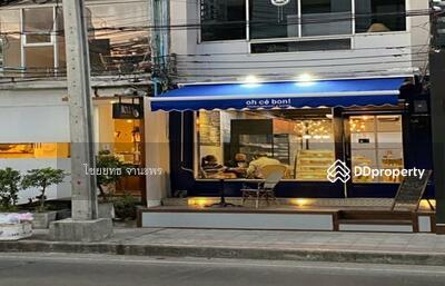 ขาย - ขาย อาคารพาณิชย์พร้อมผู้เช่า ใจกลางเมืองบนถนนสุขุมวิท 31 ใกล้เอ็มควอเทียร์