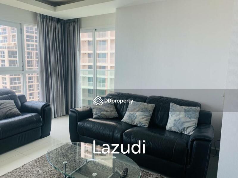 Lazudi 2 Bedrooms Corner Unit at Cosy Beach View