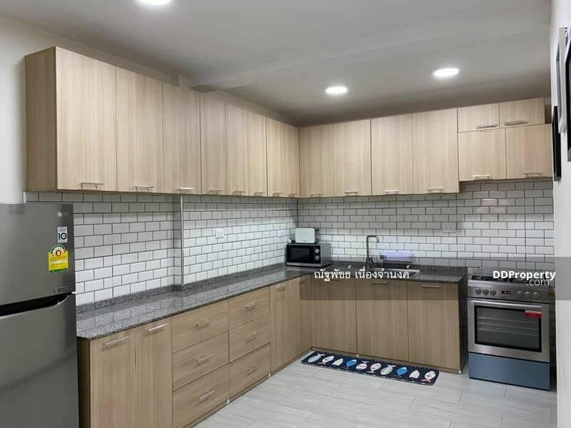 Townhouse for rent #86921077
