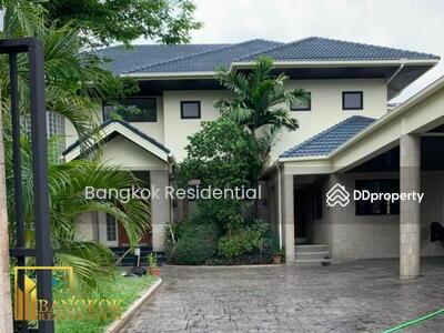 ให้เช่า - 4 Bed Detached House For Rent in Victory Monument BR8238SH