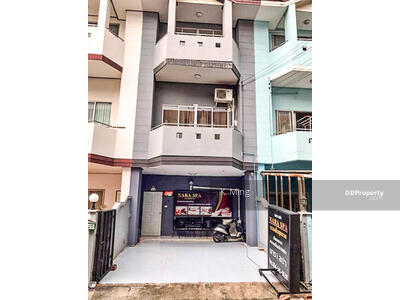 For Sale - For Sale,  Town House 3 Floors.  Very Cheap, Size  90. 8  Sq. m. - Parichat Village.
