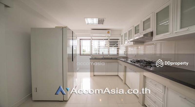 Family Apartment with Lake View Apartment 3 Bedroom For Rent BTS Asok - MRT Sukhumvit in Sukhumvit Bangkok ( AA10680 ) #87126165
