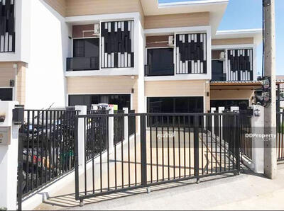 For Sale - C5MG100320 Two-storey townhouse for sale with 2 bedrooms and 3 bathrooms. The area size is 27 sq. wa. The price is at THB 3. 5 million.