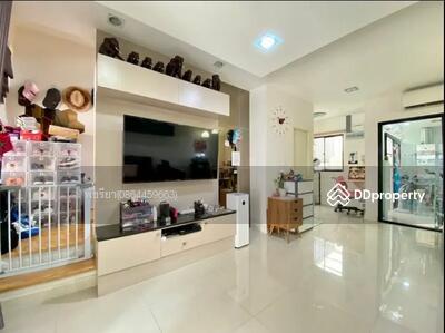 ขาย - B16170664 - ขาย บ้านกลางเมือง นวมินทร์ 42 ตึก 2 ชั้น ขนาดพื้นที่ 20 ตร. ว. (Sell Baan Klang Muang Nawamin 42)