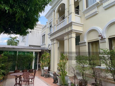 For Rent - House for rent in Sukhumvit soi 36, 500 m. from  BTS Thonglor 500 M.
