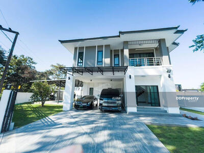 For Rent - Luxury house for rent with private pool near by 5 min to Prem Tinsulanonda International School, No. 10H041