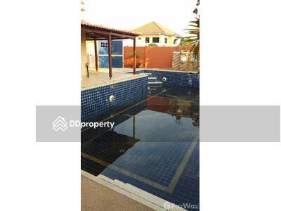 ให้เช่า - วิลล่าให้เช่า 4 ห้องนอน ในโครงการ Royal View Village U165302