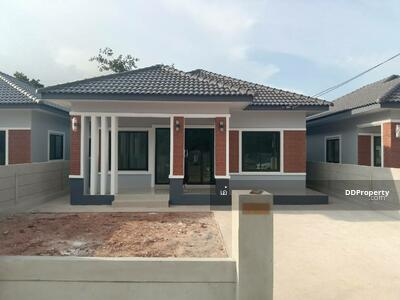 For Sale - 3C3MG0201 - House for sale with 3 bedrooms, 2 toilets, 1 kitchen and 1 parking space. - Utility space in  50  sq. w.