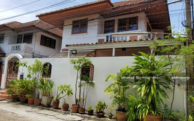 For Sale - 2 storey detached house for sale, ready to move in  Wachiratham Sathit 57, intersection 28, Sukhumvit 101/1, size 40 sq m. , 3 beds, 2 baths, price 5 million.
