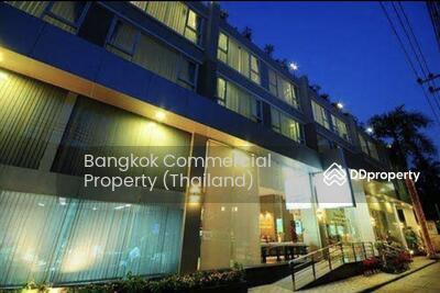 For Sale - Beautique hotel near BTS Nana for sale 100 keys , 580 mb.