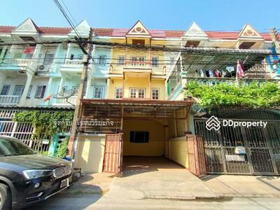 For Sale - ขายทาวน์เฮ้าส์3ชั้น หมู่บ้านฉัตรณรงค์ ตกแต่งใหม่ คลอง3 รถไฟฟ้าลำลูกกา