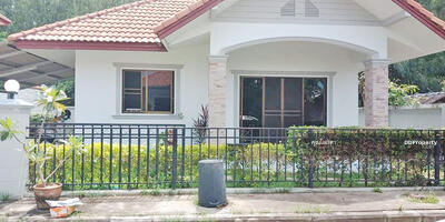 For Rent - AE1374 - A house for rent with 3 bedrooms, 2 toilets and 1 kitchen.