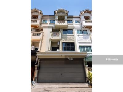 For Sale - SALE :: ขาย Town home 4. 5 ชั้นหมู่บ้านโกลเด้นท์โฮม พาร์ควิลล์ 1 ซอยอมร #ST175