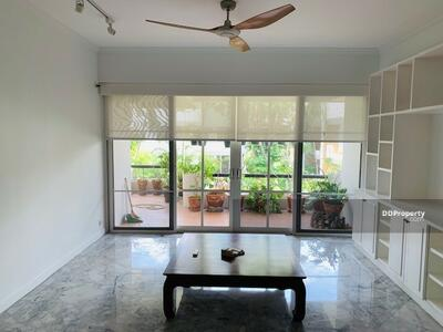 For Rent - Large 3-BR Condo at Garden Place near MRT Ratchadaphisek   6 Mo. Avl. (ID 216201)