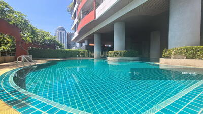 For Sale - Chavana Place Aree 4  For sale Residential condo in the heart of Ari , 221  sqm. walk to BTS Ari 600 m. only. /04-HH-64094