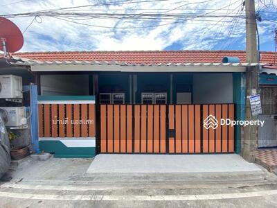 For Sale - ขายทาวน์เฮ้าส์สวย ถนนสุขุมวิท บางปู ใกล้นิคม โลตัส หมู่บ้าน บางปูแลนด์