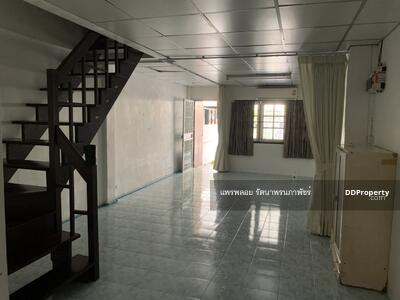 For Rent - Townhouse for rent, 16 sq m. , 2 floors, 2 bedrooms, 2 bathrooms, near BTS Udom Suk and Punnawithi, Soi Wachiratham 12, rent 12, 000