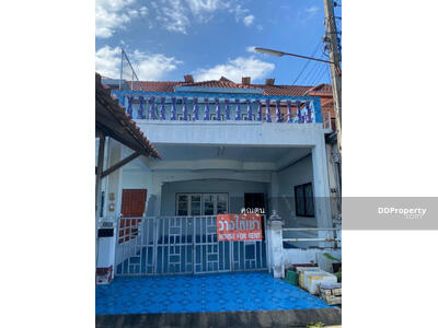 For Rent - 5A1MG0628 - Two storey Townhouse for rent with 2 bedrooms, 2 toilets and 1 kitchen. - Utility space in   20 sq. w. - The price is at THB 5, 000 per month.