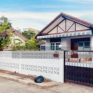 For Rent - ให้เช่าบ้านเดี่ยวชั้นเดียว ถนนสุขุมวิท 70/3 ใกล้ BTS บางนา เนื้อที่ 68 ตารางวา 3 ห้องนอน 2 ห้องน้ำ ราคาเช่า 17, 000 บาทต่อเดือน