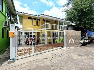 For Sale - KRE-X6451 Code KRE-X6451, Semi-Semi Semi Suksuk 43, 2 bedrooms, 2 bathrooms, area 63 sq. w. , 2 floors, sold 4, 650, 000 baht **** If not calling the line