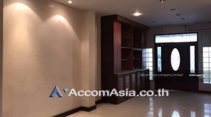 townhouse 4 Bedroom for sale in Sathupradit Bangkok BTS AA19600 #91842469