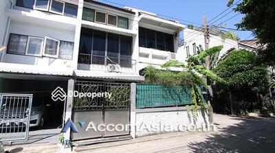 For Rent - house 5 Bedroom for sale/rent in Sukhumvit Bangkok Ekkamai BTS AA19558