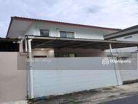 ขาย - ขายบ้านเดี่ยว 2 ชั้น สภาพใหม่ ซ. เสรีไทย 26 ถนนเสรีไทย พร้อมเข้าอยู่ เนื้อที่ 50 ตรว. ใกล้เดอะมอลล์บางกะปิ รถไฟฟ้าใต้ดินสายสีส้ม ราคาพิเศษ+++