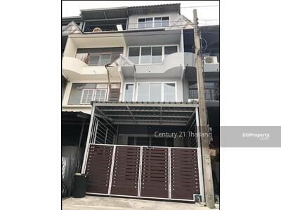For Sale - Four Bed Townhouse for Sale near Ekkamai station MSP-28859