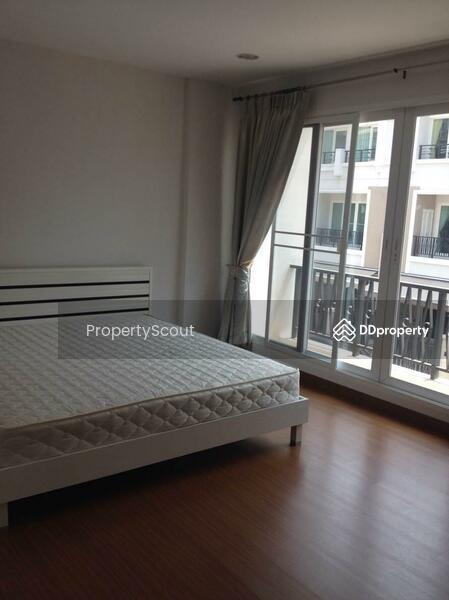 Baan Klang Krung Siam-Pathumwan Condominium #92350957