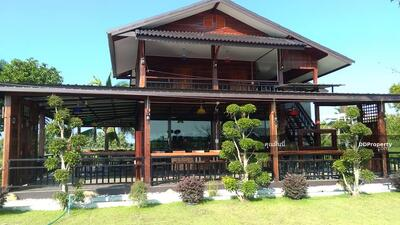 For Rent - ASP0688 - A  house  for rent with 2 bedrooms, 4 toilets and 1 kitchen.