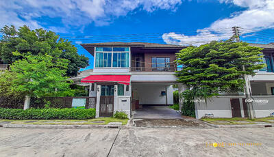 For Rent - AC0578 A house for rent with 3 bedrooms and 3 bathrooms. The area size is 61 sq. wa. Near the city.