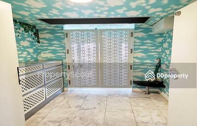 For Rent - Wonderful High Rise 2-BR Condo at Baan Kasemsan 1 Condo near BTS National Stadium (ID 419955)