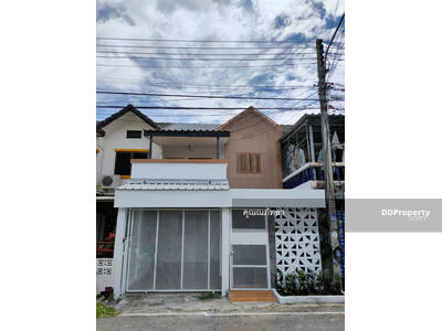For Sale - CA0112 Two-Storey Townhouse for sale. Near the city. There are 3 bedrooms and 2 bathrooms. The area size is 22. 2 sq. wa.