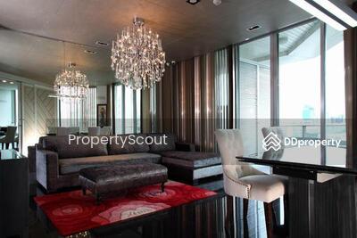 For Rent - Roomy 2-BR Condo at Chamchuri Residence near BTS Sala Daeng (ID 512242)