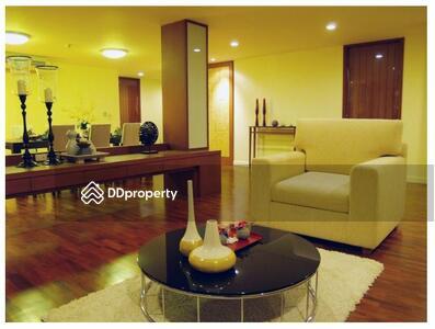 For Rent - Roomy 3-BR Condo at Sathorn Gallery Residence near BTS Surasak (ID 514696)