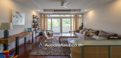 For Rent - Pet Friendly   Low rise - Cozy Apartment Apartment 3 Bedrooms For Rent BTS Chong Nonsi in Sathorn Bangkok ( AA30129 )