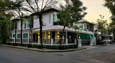 For Rent - Roomy 3-BR House near BTS Bang Na (ID 468600)