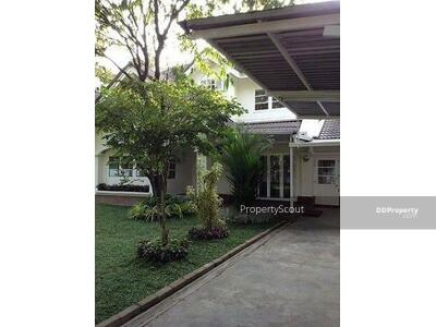 For Rent - Large 3-BR House near BTS Nana (ID 472496)
