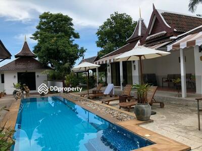 For Sale - Pool Villa 7 bedrooms for sale in Jomtien Ref. : 10069