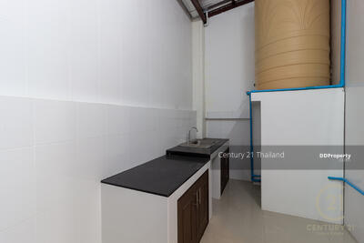 For Sale - Three Bed Townhouse for Sale in Muang Chiang Mai MSP-41765