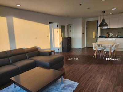"""For Sale - """"Urgent Sale"""" Downtown Luxury Condo 64 sqm Walk 7 min to BTS Chit Lom; 3 min to Ratchadamri 8 min to Central World / Leasehold"""
