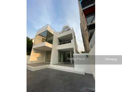 For Rent - For Rent 3 Storey Home office, commercial building sathorn  size 550-600sq. m 6 parking lot