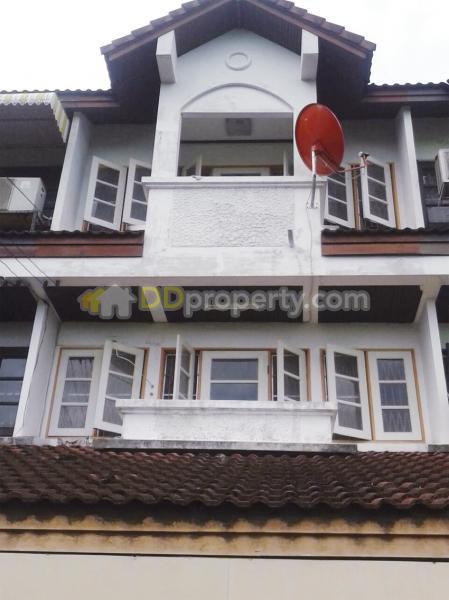 Townhouse For Rent Cheap Soi Ladprao 107 Deesomchok 131 5 107 3
